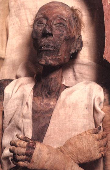 نجات جسد فرعون