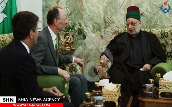 تشرف سفیر آلمان در عراق به زیارت حرم مطهر امام حسین(ع)