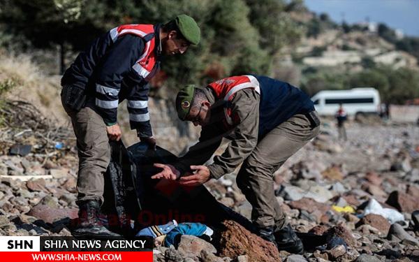 تصاویر غم انگیز از مرگ کودکان پناهجو در سواحل اروپا + تصاویر (16+)