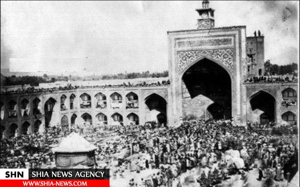 تصویر مرقد ثامن الائمه (ع) در روز عاشورا در دوره قاجار