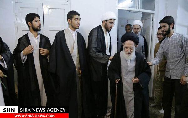 تصاویر عمامه گذاری طلاب توسط مراجع عالیقدر در عید سعید مبعث