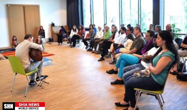اقامه نماز جمعه به امات یک زن در سوئیس + تصاویر
