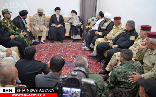 تصاویر دیدار فرمانده یگان العباس(ع) با مراجع تقلید