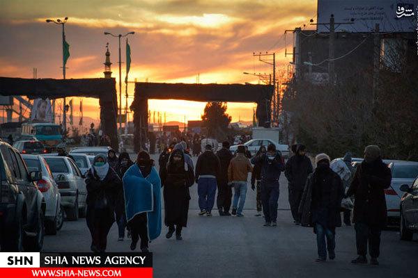 تصاویر زائرین پیاده حضرت رضا(ع) در مسیر عشق