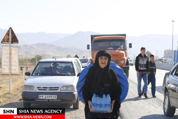 تصاویری از مردم زلزله زده در جست وجوی آب و غذا