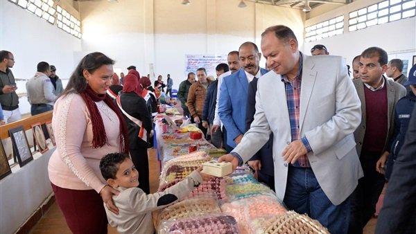 وقتی کودک مسیحی قرآن هدیه میدهد